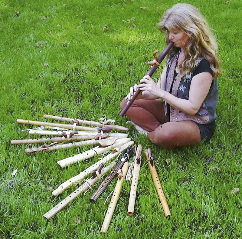 Rommy Verlaan playing flute